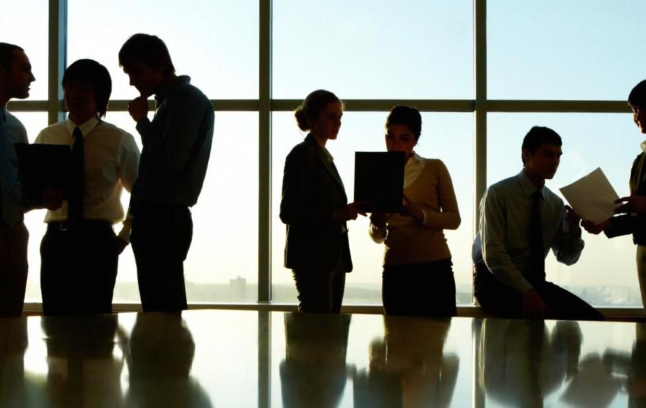 Ventajas de contratar un buen abogado para tu empresa